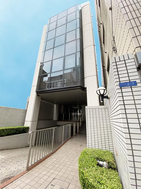 FujiBld01.jpg